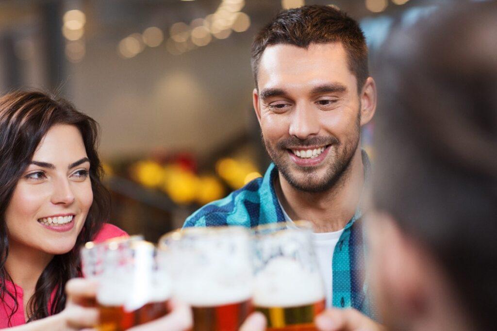 La cerveza puede aumentar el colesterol bueno y reducir el malo