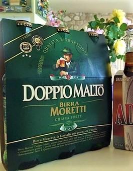 "Cerveza italiana de ""Doble Malta""."