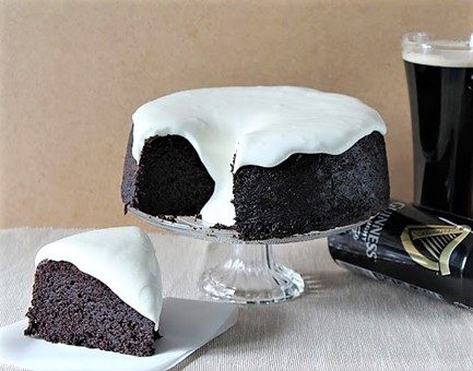 Tarta de cerveza negra